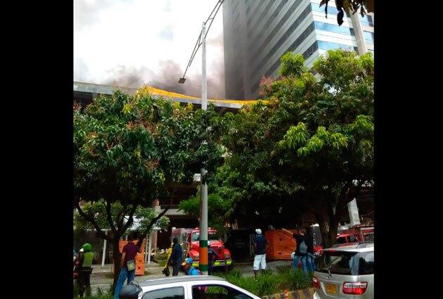 120916_incendio_envigado_albertomiramora1.jpg