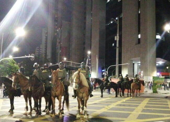 Uso de caballos en manifestaciones en Medellin/ Foto: BLU Radio