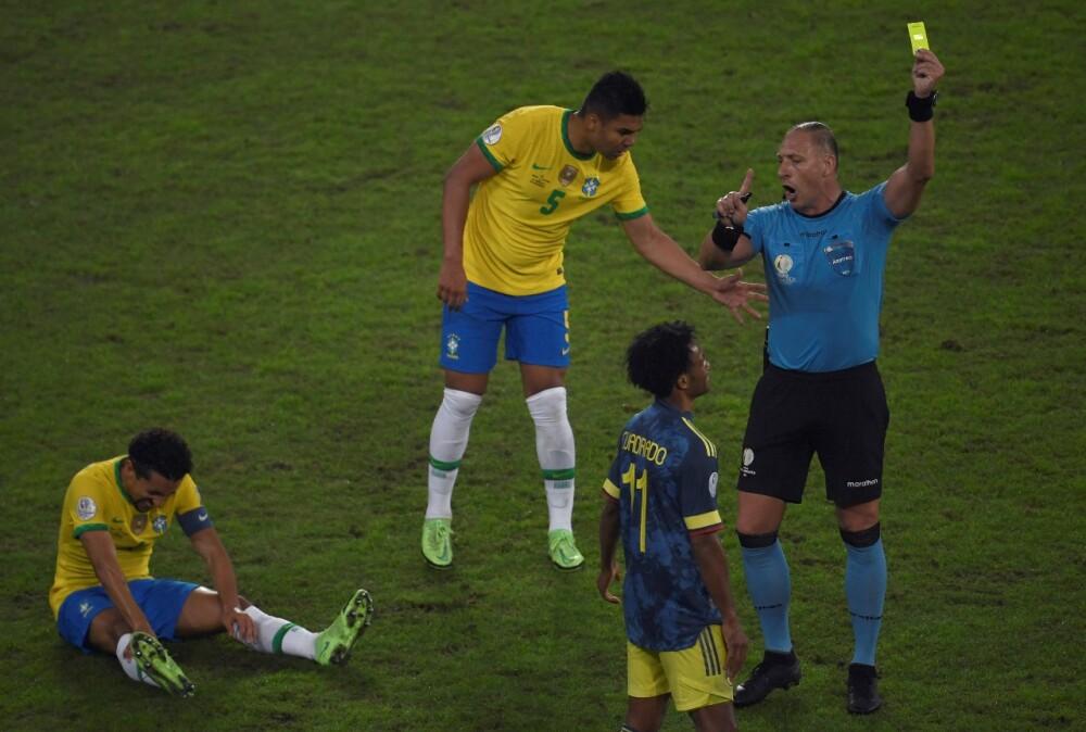 Néstor Pitana Colombia vs Brasil