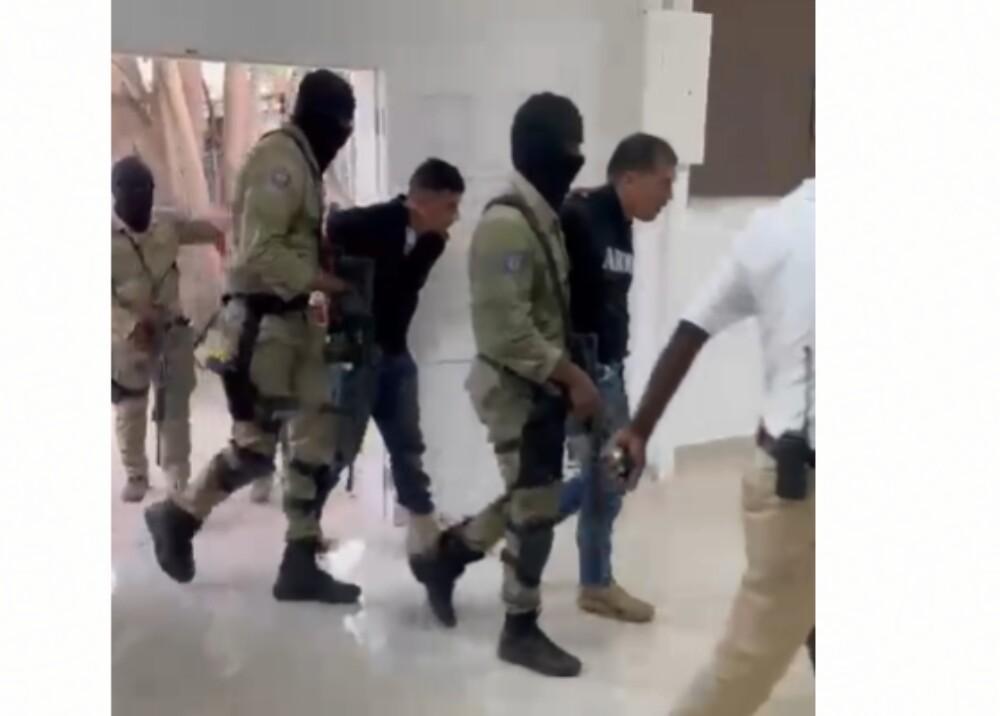 Capturados en Haití Foto Captura de video.jpg