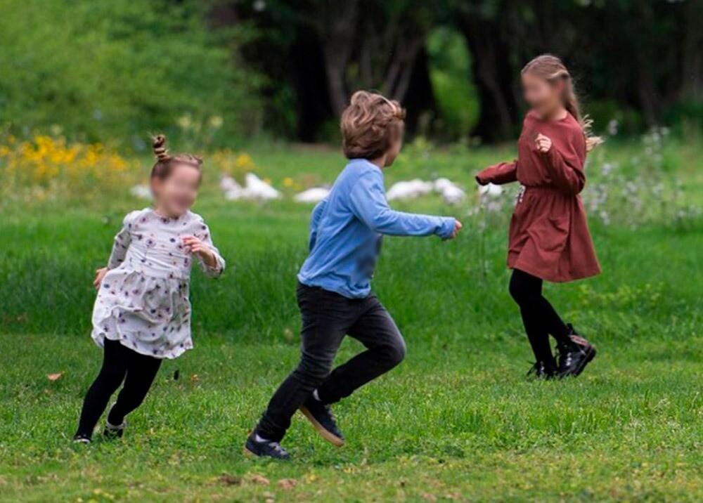 375039_Juegos de niños en la pandemia // Foto: AFP