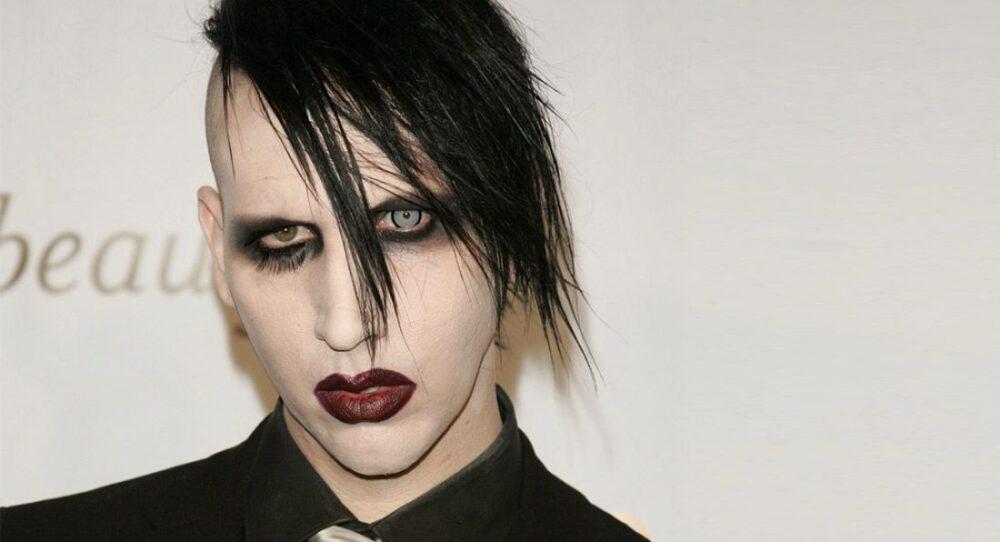 Marilyn-Manson-se-declara-fan-de-Rihanna-1100x596-1.jpg