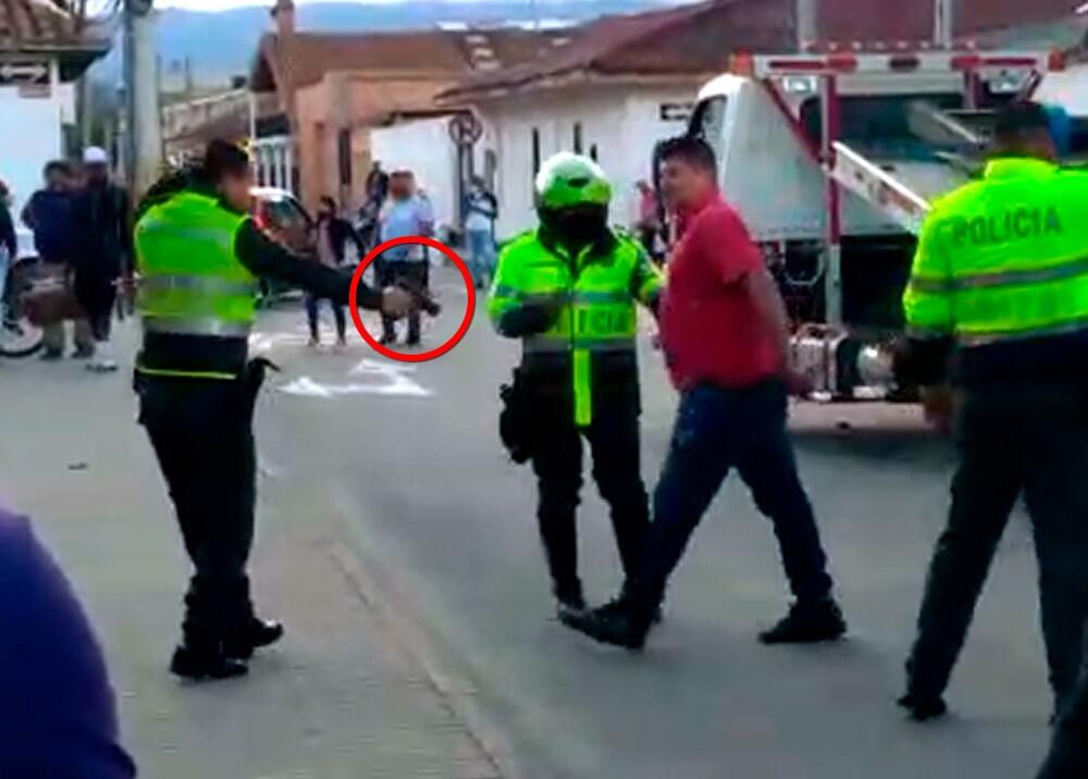 369631_Policía disparó a venezolanos que lo agredieron en Tocancipá // Foto: captura video suministrado