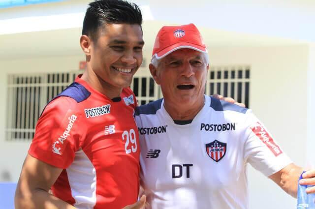 294887_Teófilo Gutiérrez y Julio Comesaña