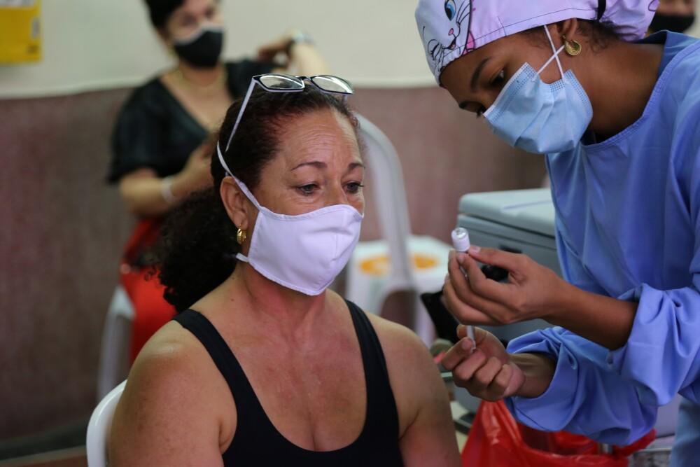 Vacunas covid Medellín, Antioquia.JPG
