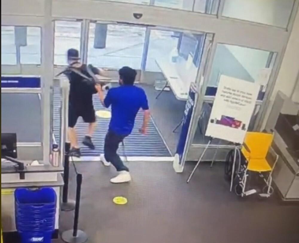 joven que fue despedido por detener un ladron.jpg