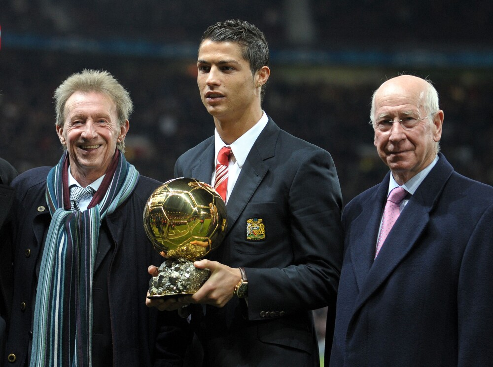 Denis Law, Cristiano Ronaldo y Bobby Charlton