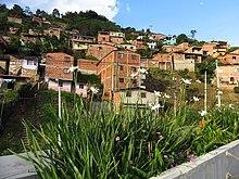 Comuna 8 Medellin.jpg