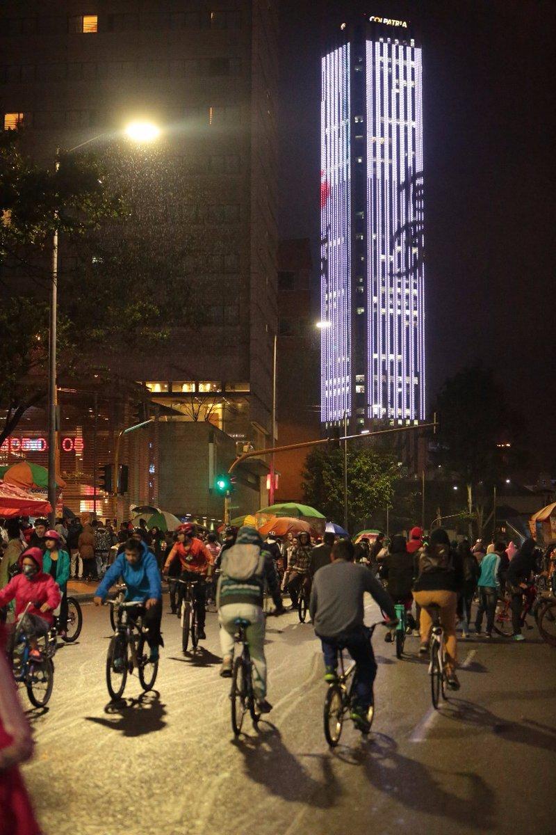 289308_BLU Radio: Ciclovía nocturna / Foto: Alcaldía de BogotáCuenta verificada @Bogota