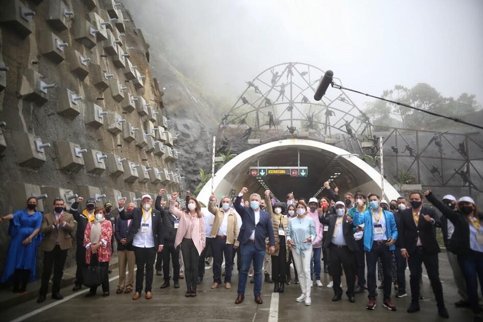 inauguracion tunel de la linea_col.jpg
