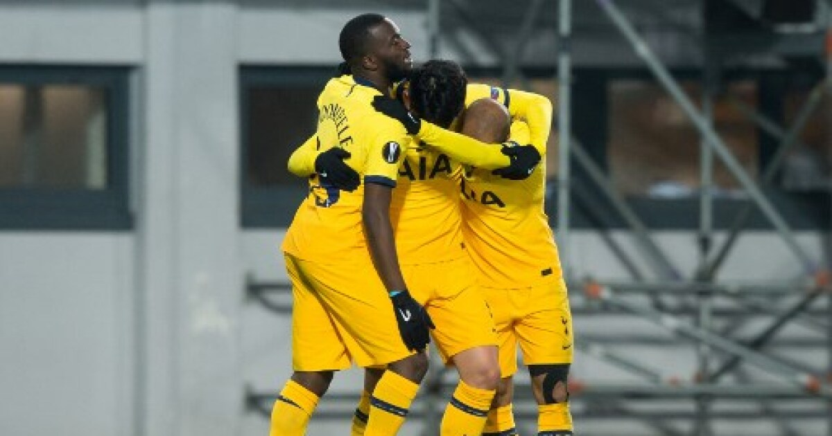 Dávinson Sánchez, 90 minutos en el empate 3-3 del Tottenham contra el LASK, en Europa League