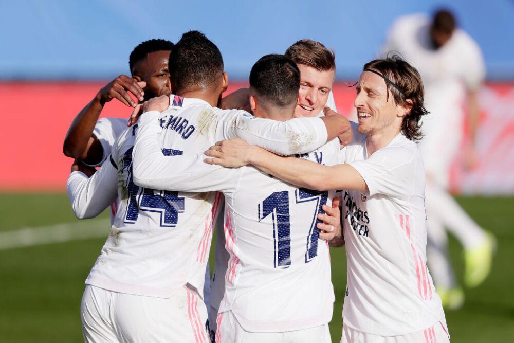 Real Madrid v Valencia - La Liga Santander