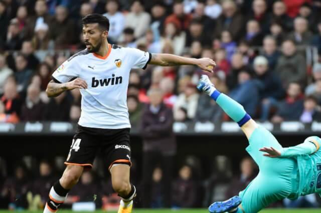 332975_Ezequiel Garay, jugador argentino en el Valencia
