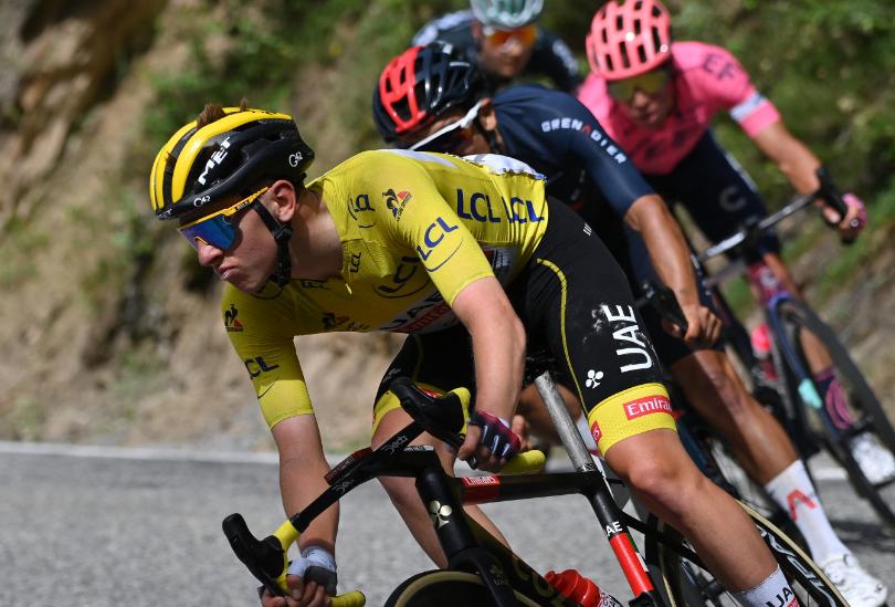 Tadej Pogacar es líder del Tour de Francia tras la etapa 15.