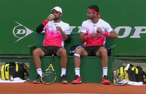 Juan Sebastián Cabal y Robert Farah clasificaron a cuartos de final del Masters 1000 de Montecarlo.