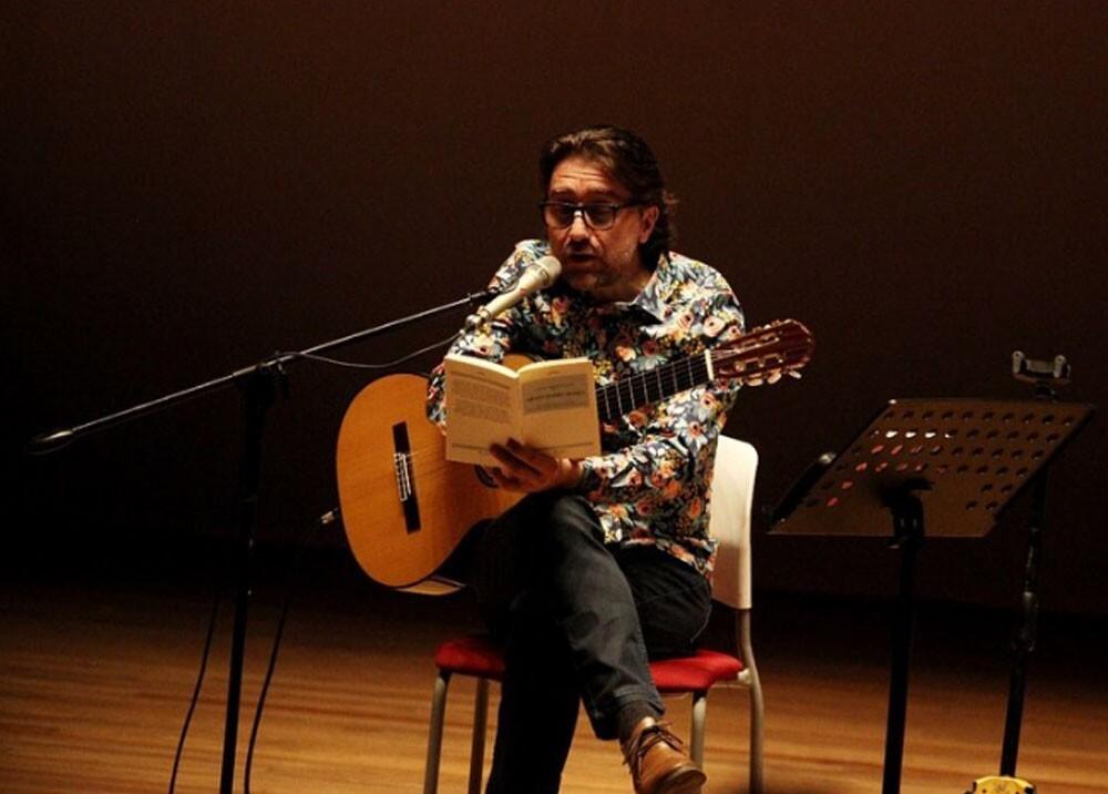 carlos palacios en festival internacional de poesia de cali.jpg