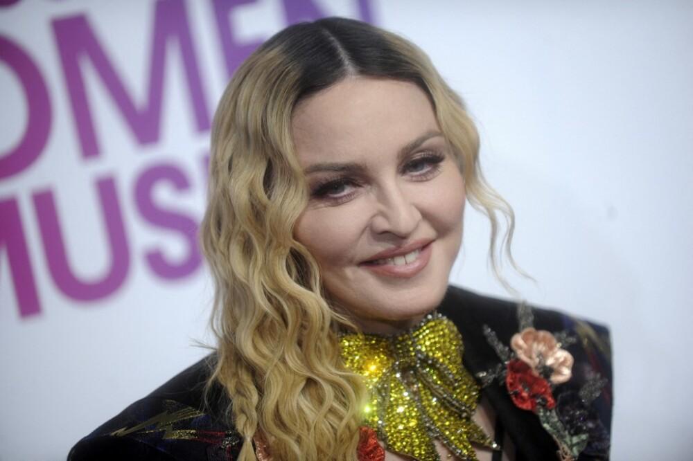 Madonna usa el cuerpo de una Tiktoker para promocionar su álbum hace 6 años