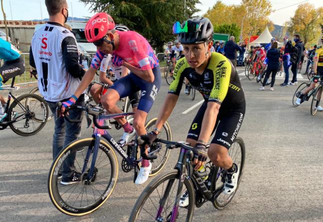 Esteban Chaves, ciclista colombiano del Mitchelton-Scott.