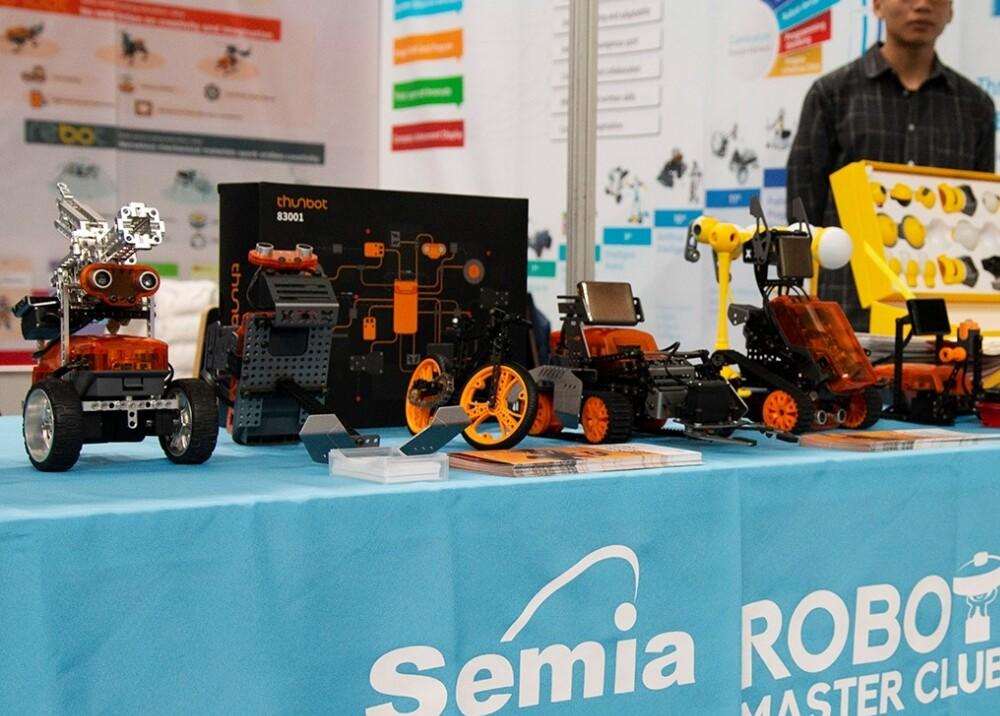 Robótica Foto referencia WROOfficial.jpg