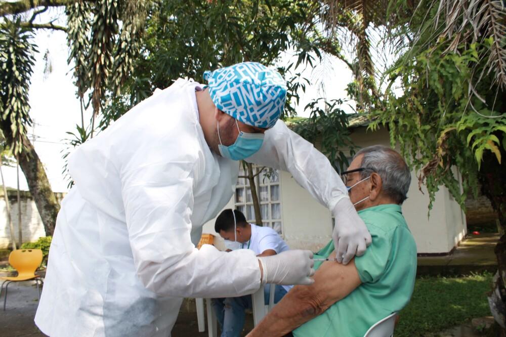 vacunacion contra el covid 19 en jamundi valle.jpg