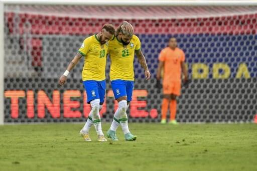 Neymar y 'Gabigol', delanteros de la Selección de Brasil.