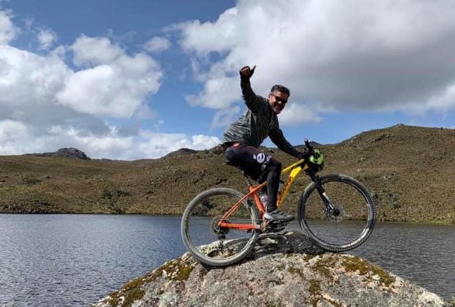 Jhon Jarrín murió tras ser atropellado mientras montaba bicicleta.