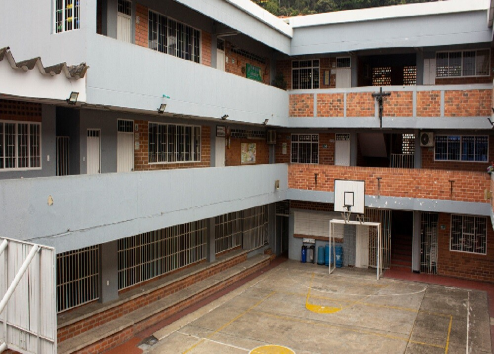 371982_BLU Radio: Colegio de Bucaramanga / Foto: Alcaldía de Bucaramanga