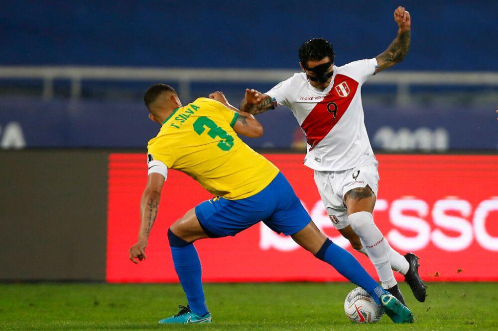 ¿Dónde estaba el VAR? Thiago Silva y una polémica jugada ...