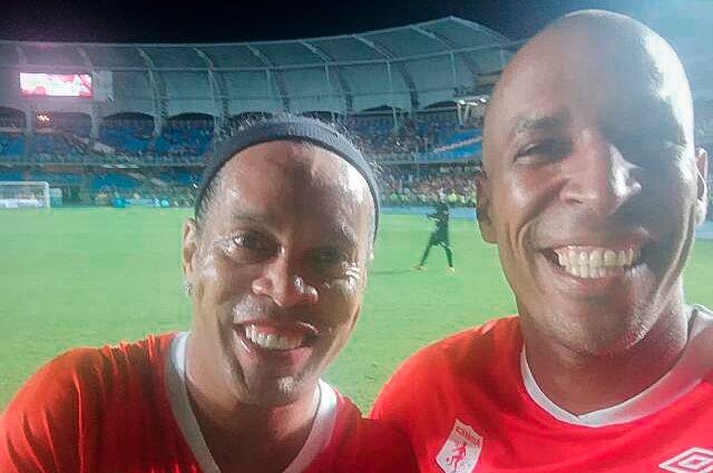 323459_Ronaldinho y Jorge Banguero