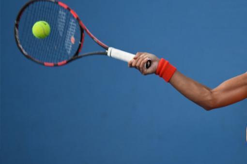 23940_Práctica de tenis - Foto referencia AFP