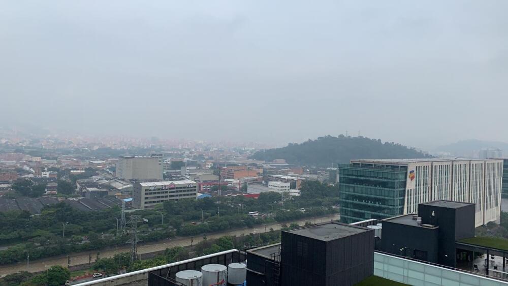 Cielo de Medellín luego de la alborada en diciembre 2020.jpeg