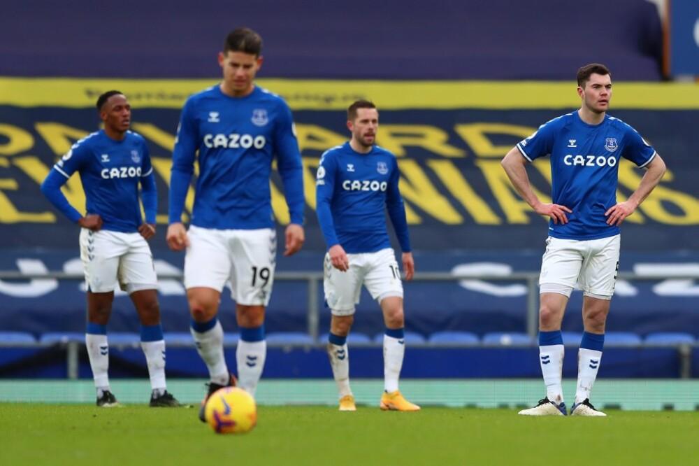 Yerry Mina y James Rodríguez en el Everton