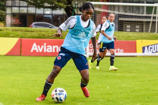 Linda Caicedo, jugadora de la Selección Colombia