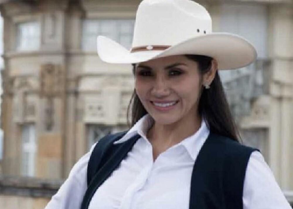 371909_Amanda González: Foto: Senado