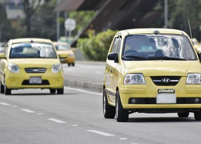 357236_Taxis en Colombia // Foto: BLU Radio