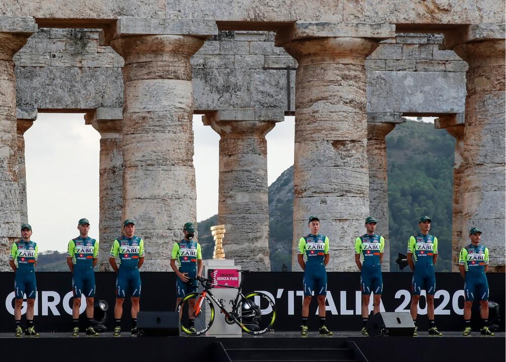 giro de italia foto afp equipo Vini Zabu.jpg