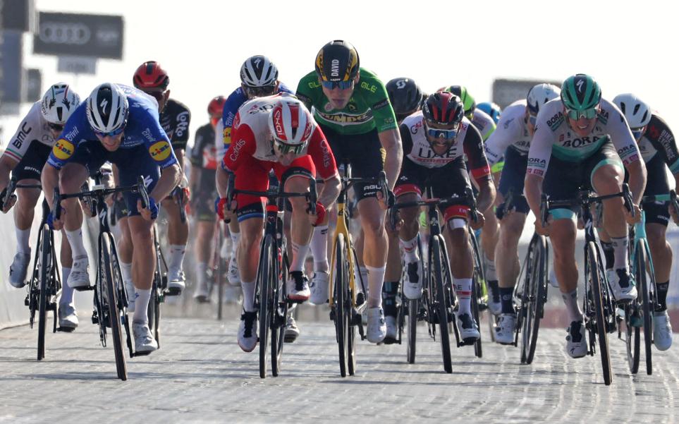 Fernando Gaviria fue quinto en la etapa 6 del UAE Tour.