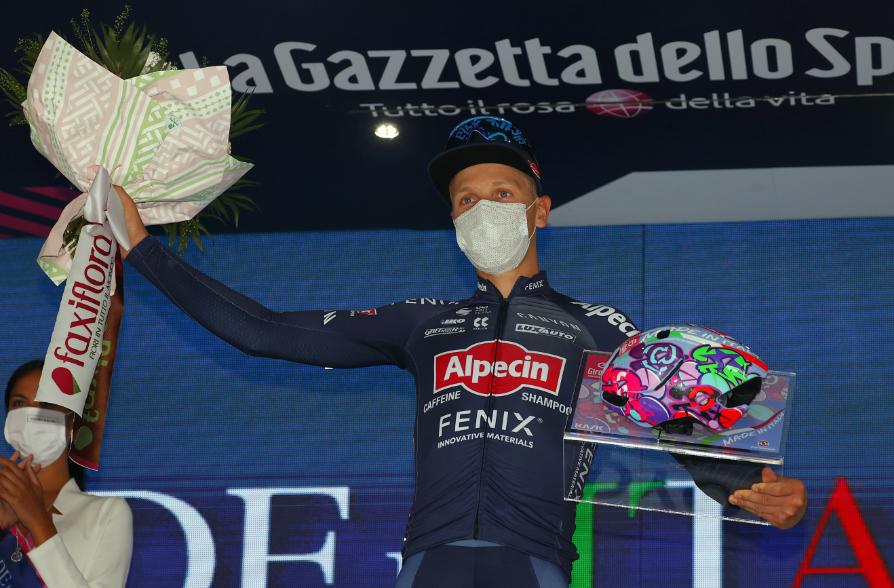Tim Merlier fue el ganador de la etapa 2 del Giro de Italia 2021.