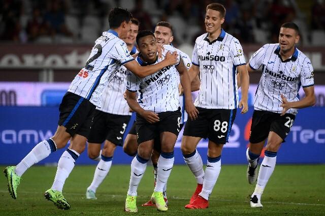 Celebración de Atalanta tras el gol de Luis Fernando Muriel