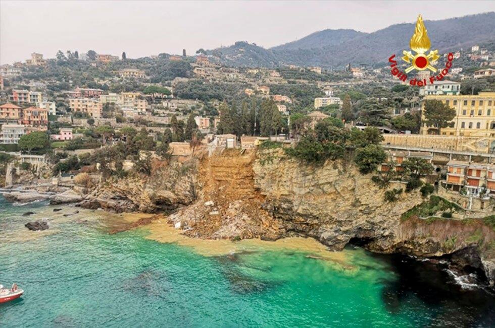 Ataúdes en el mar en Italia
