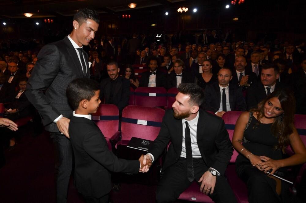 Messi-Cristiano-jr.jpg