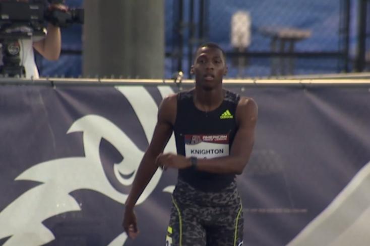 Erriyon Knighton corrió los 200 metros en 20.11.