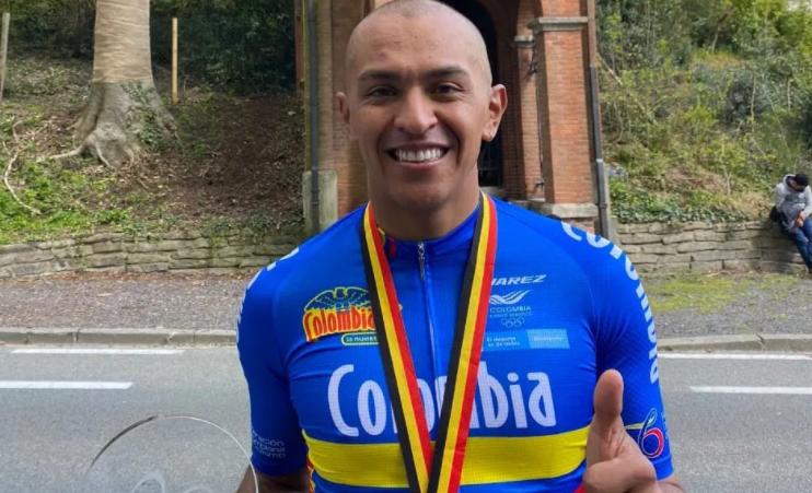 Diego Dueñas fue uno de los colombianos que ganó medalla de oro en la clásica paralímpica Ronde In Vlaanderen. Foto: FCC.