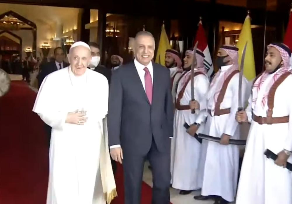 Recibimiento al papa Francisco en Irak