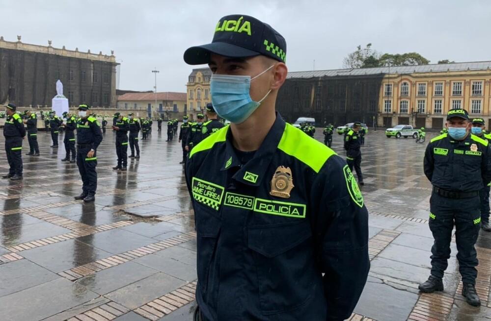 Nuevo uniforme de la Policía.jpg