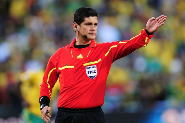 335603_Óscar Julián Ruiz, exárbitro colombiano.