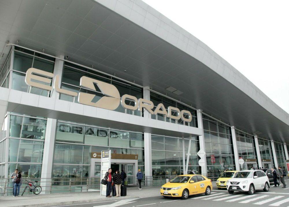 337093_BLU Radio. Aeropuerto Internacional El Dorado // Foto: Tomada de Twitter @Supertransporte