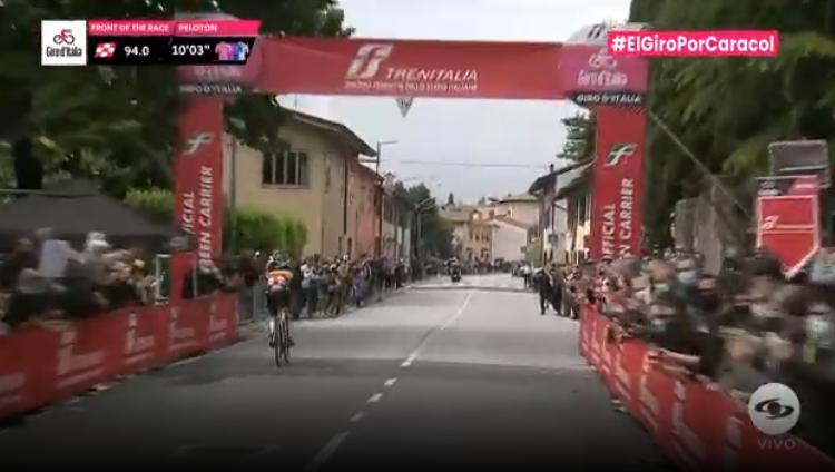 Esprint intermedio etapa 15 Giro de Italia