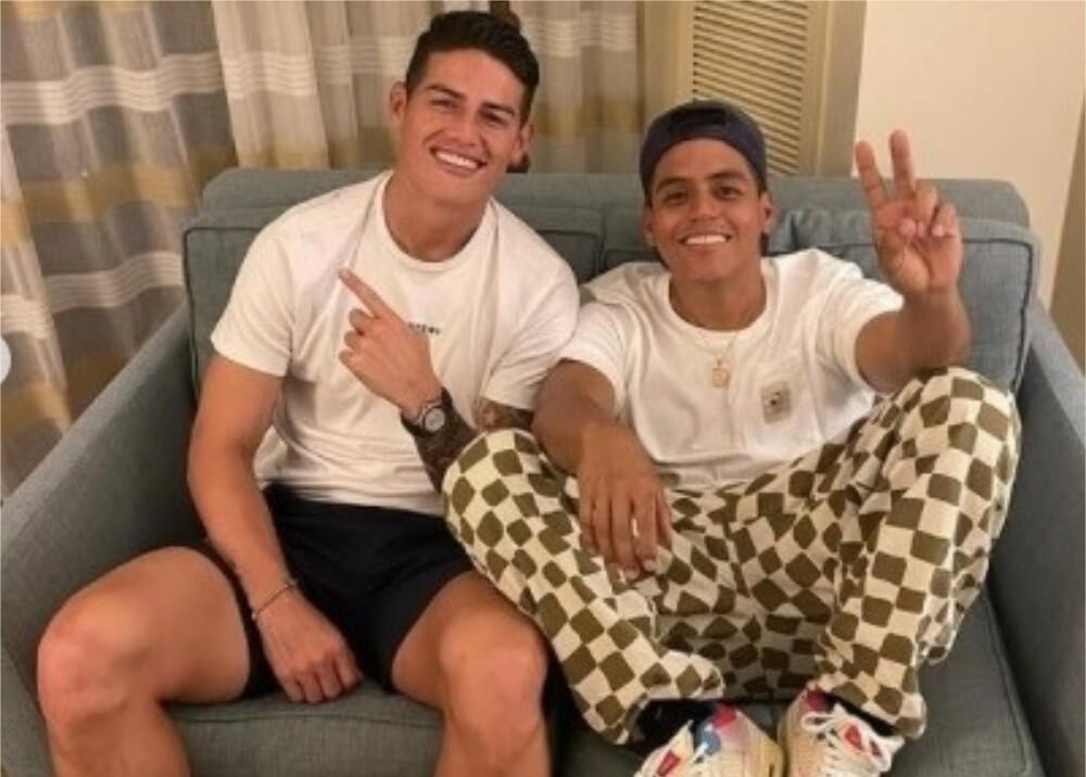 Jamés Rodríguez y El Mindo Foto Instagram el_mindo.jpg