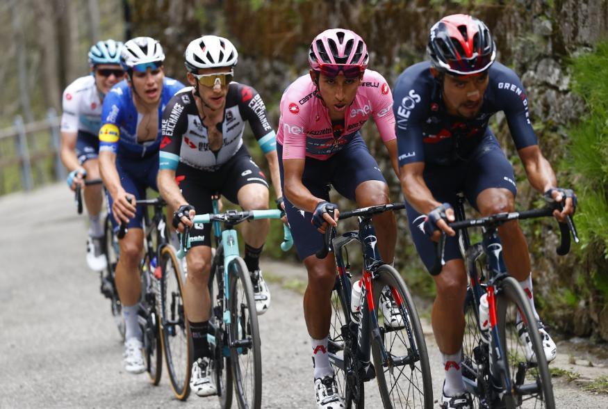 Daniel Martínez fue el gregario de lujo de Egan Bernal en el Giro de Italia 2021.
